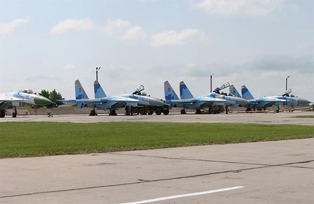 Літаки на Миргородському аєродромі