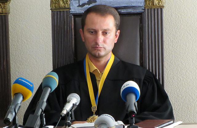 Судья Антонов