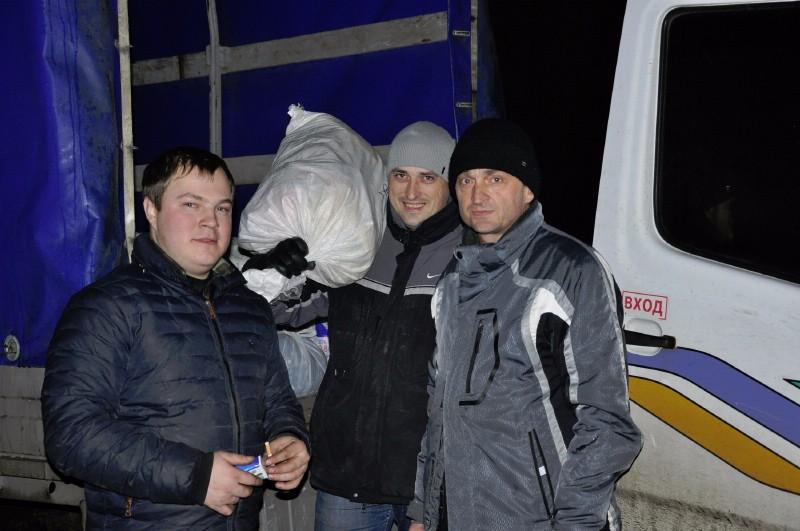 Евгений Руденко во время волонтёрского визита к батальйону «Полтава»