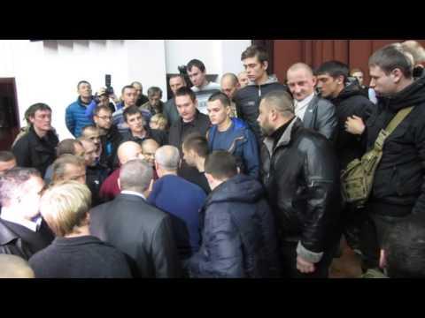 Драка в Полтавском облсовете (2015.11.24, Полтава)