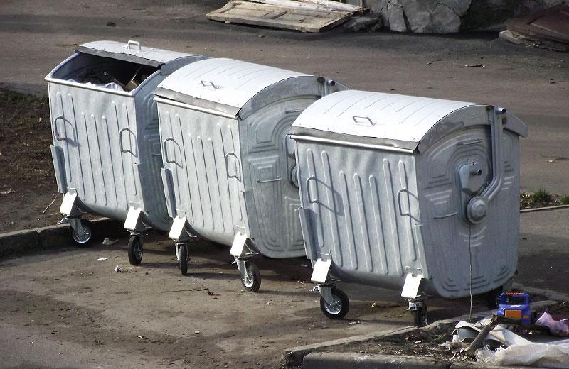 Нові сміттєві контейнери у Полтаві