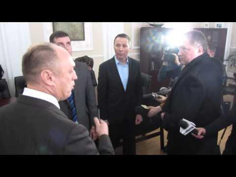 Розмова Мамая з лідерами фракцій у міськраді (Полтава, 2015.12.25)
