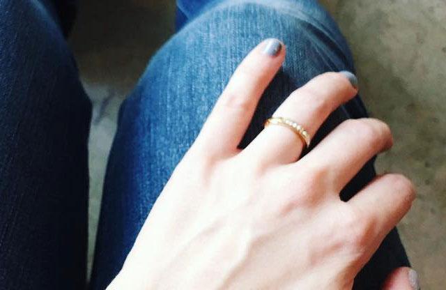 Если девушке приснилось, что она получила во сне кольцо, то ее волнения, связанные с возлюбленным, позади.