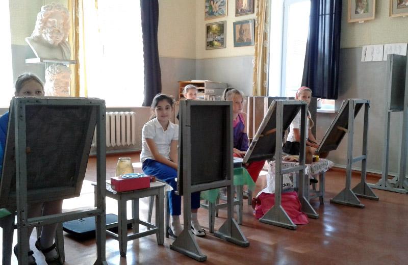 Учні Полтавської художньої школи