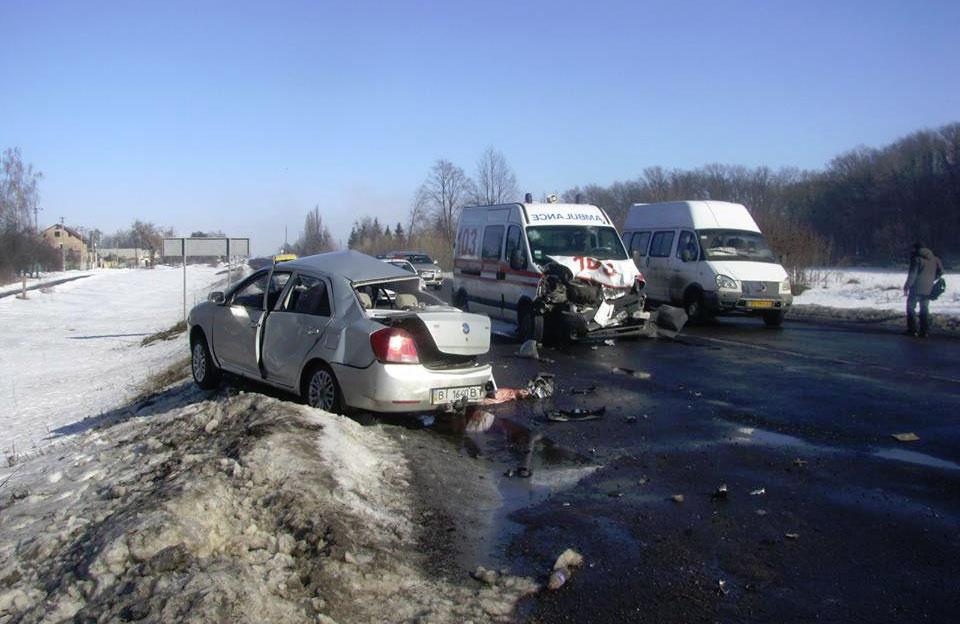 ДТП с участием скорой вблизи Диканьки