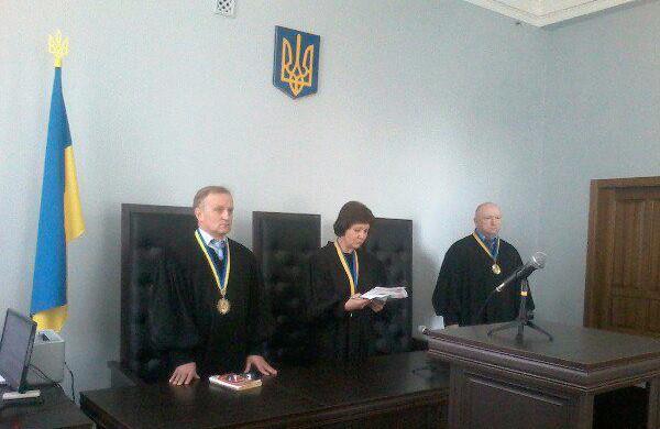 Судді Андрій Рябішин, Лариса Лісіченко та Анатолій Кисіль