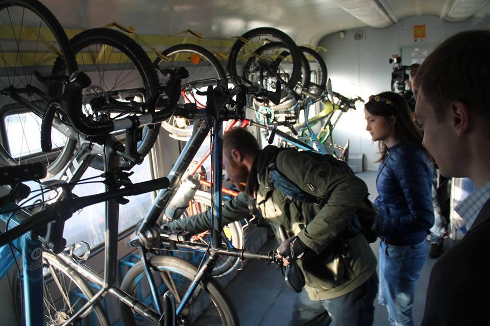 Веловагон на Львівській залізниці