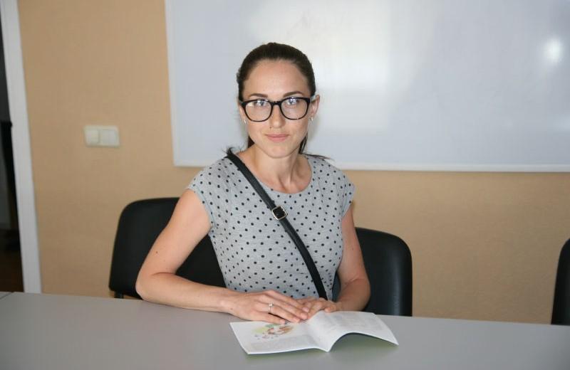 Олена Титаренко