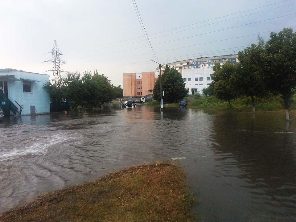 Затопленные дороги микрорайона Сады-2