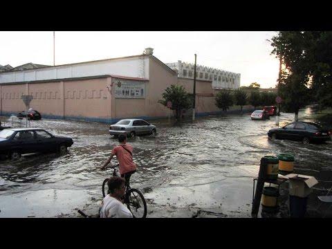 Около 19:00 затопило улицу Пушкина. Вода держалась от улицы Дмитрия Коряка (Красноармейской) до Сенной. Также затопило часть улицы Дмитрия Коряка (Красноармейской).