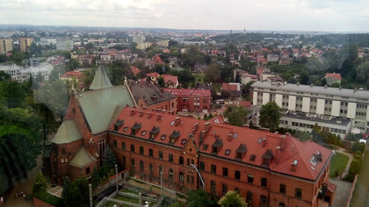 Монастир, де жила Фаустина Ковальська з висоти оглядової вежі