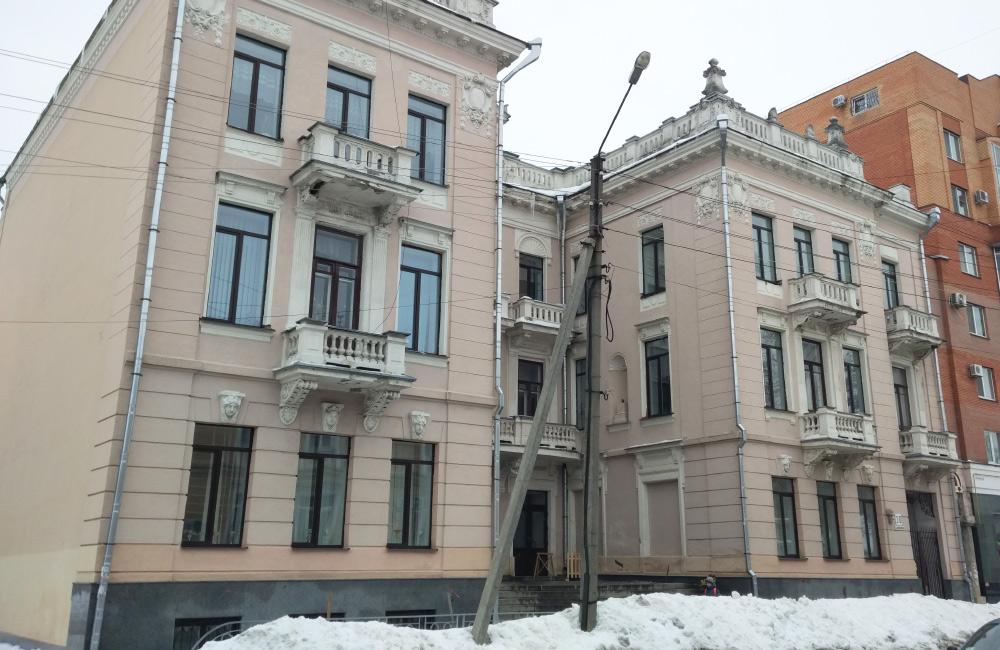 Палац дитячої та юнацької творчості на вул. Пушкіна у Полтаві