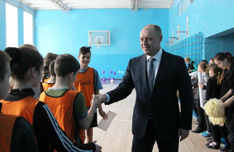 Олександр Мамай під час спортивних змагань у гімназії № 31