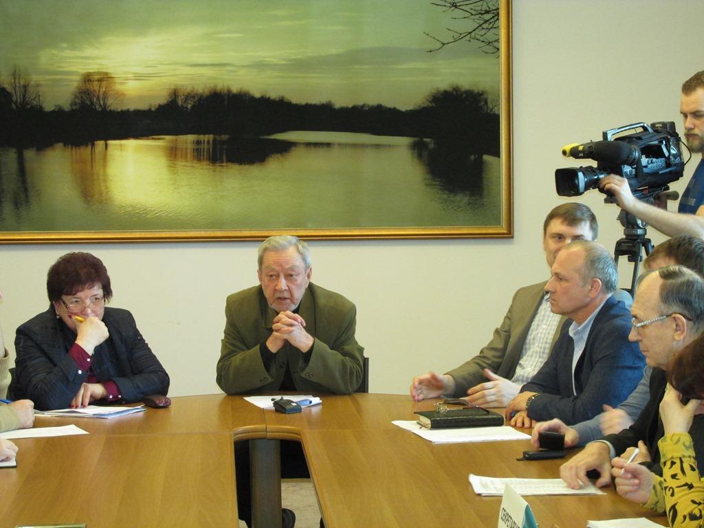 Новообраний голова ради та заступники — Тетяна Корост і Олександр Дербеньов