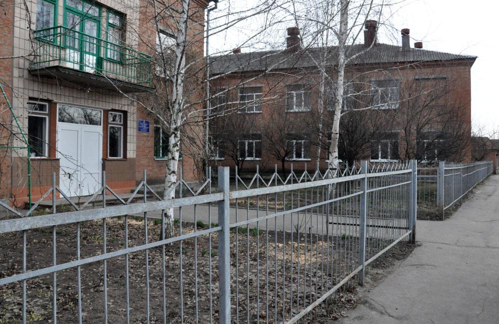 Школа №15 на вул. Тунельній