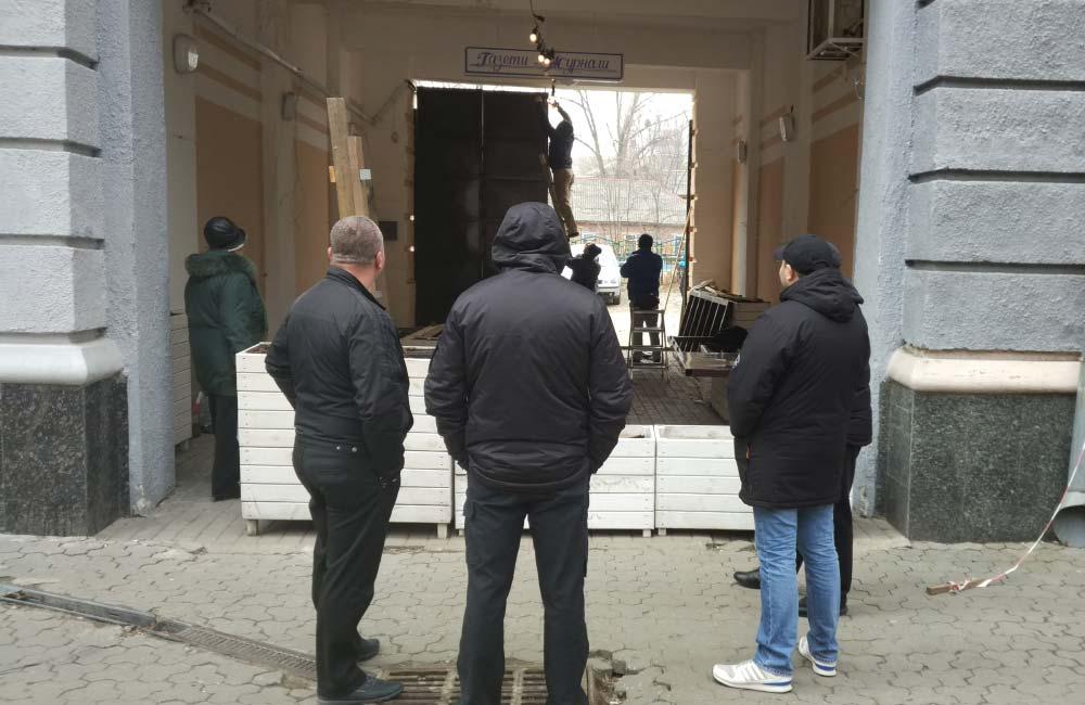 Роботи з перекриття арки у будинку по вул. Соборності, 27