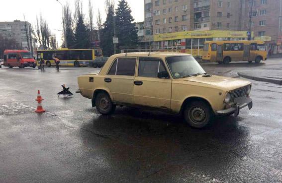 ДТП на перехресті вулиці Халаменюка та Першотравневої у Кременчуці