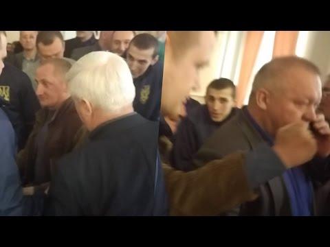 Сашко Масюк вдарив Ігоря Веригу у міськраді (2017.03.24)