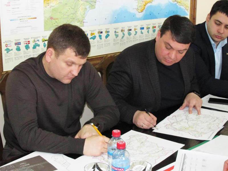 Начальник САД Володимир Трояновський та Андрій Пісоцький