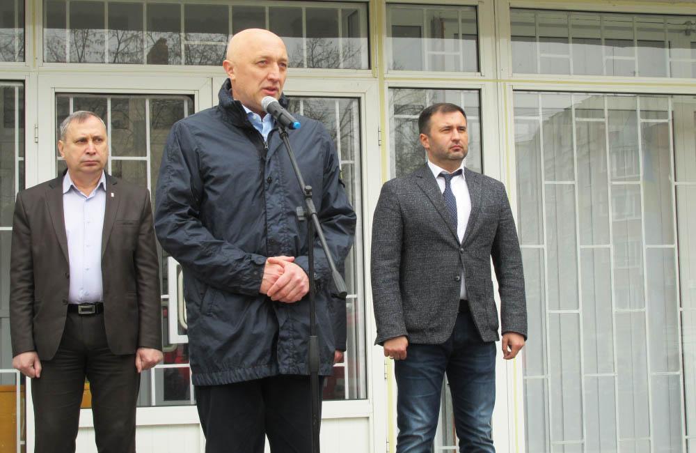 Валерій Головко привітав рятувальників