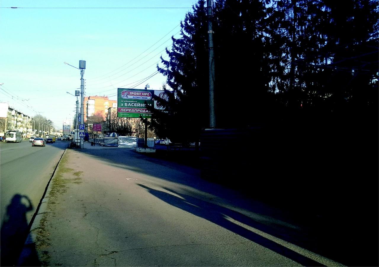 вид з боку Автовокзалу