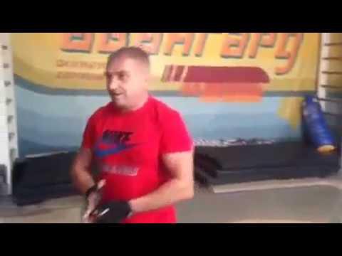 Євгеній Усенко у спортзалі клубу «Скорпіон-2016» (2016.12.15, 2017.01.22)