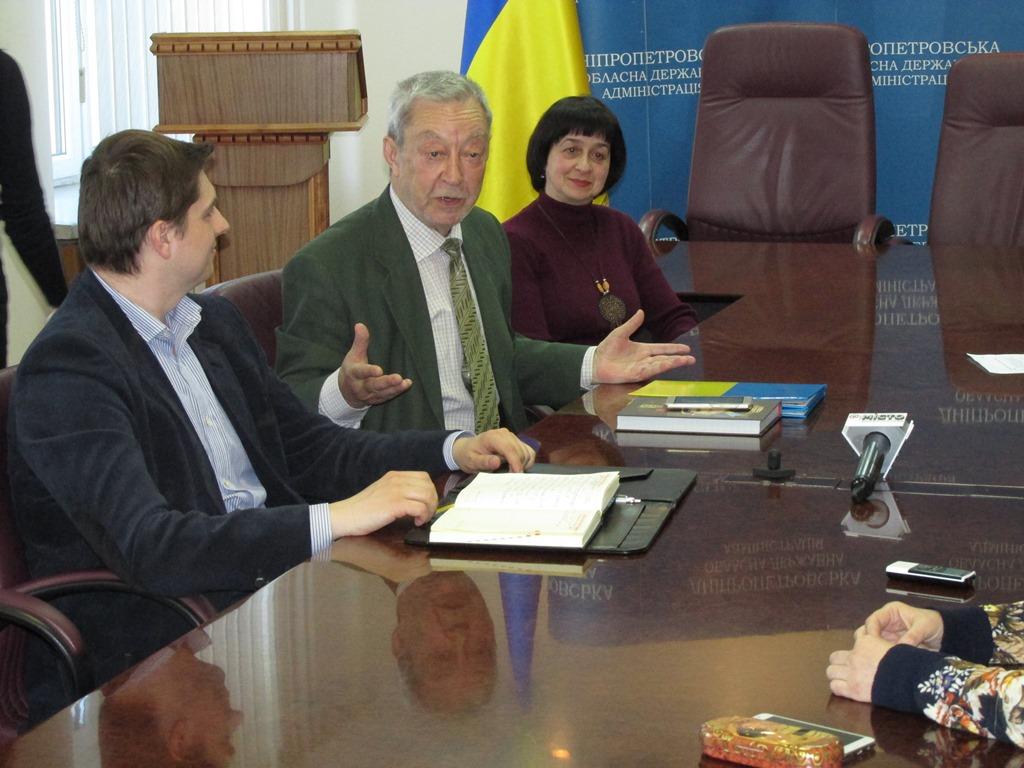 Голова Громадської ради при Полтавській ОДА Володимир Голуб