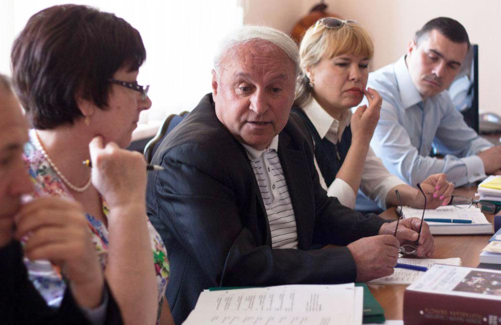 Голова ради обласної організації ветеранів Віктор Тесля