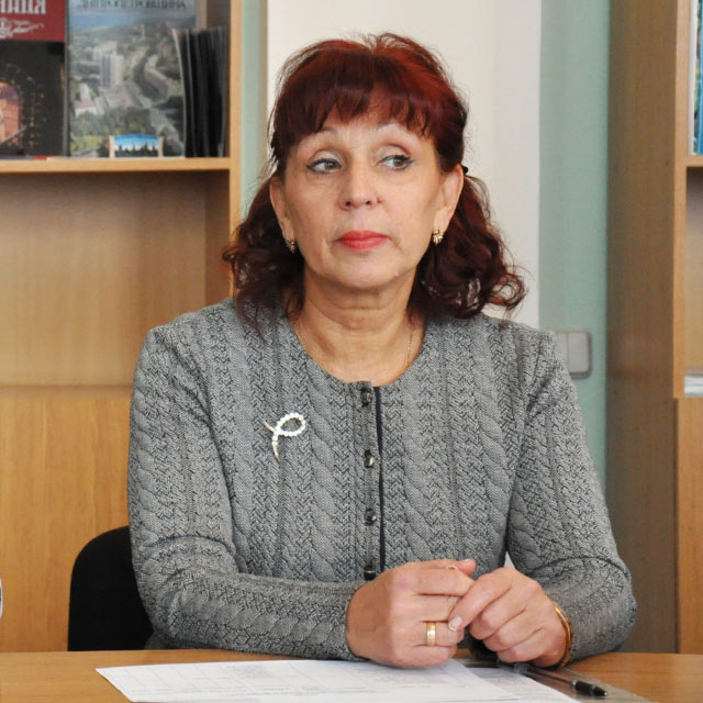 Майя Матвєєва