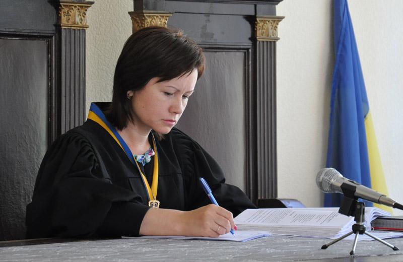 Cуддя Ольга Логвінова