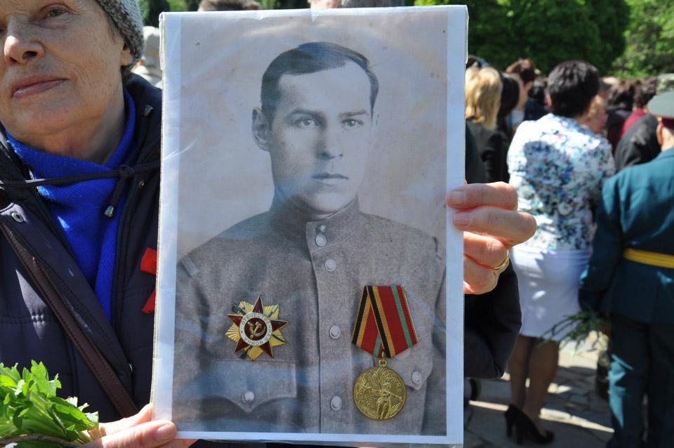 Він отримавОрден Вітчизняної війни.
