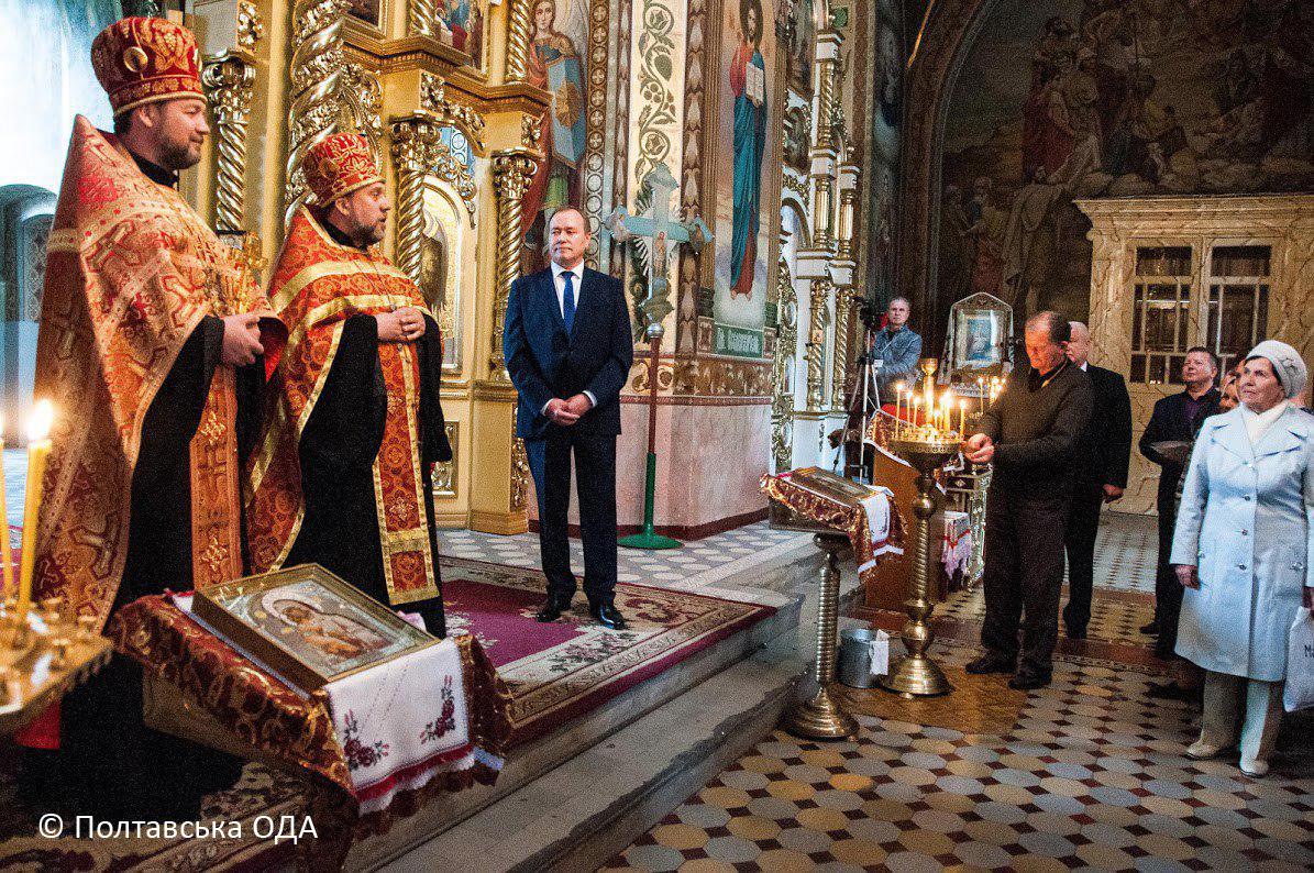 Молебень за мир в Україні та процвітання курорту в Соборі Успіння Пресвятої Богородиці