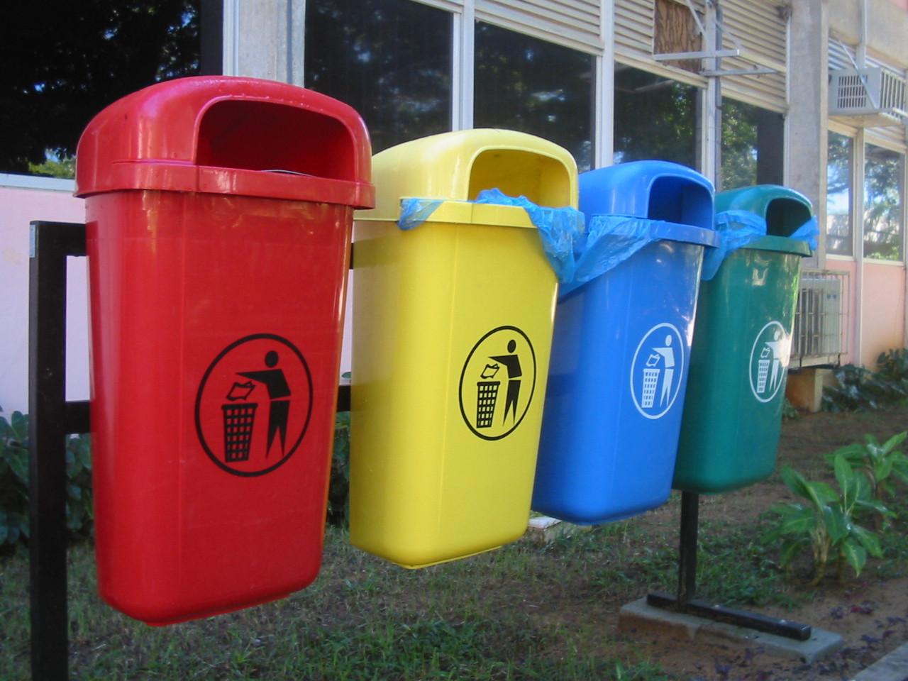 Привчаємо дітей змалку до роздільного збирання сміття
