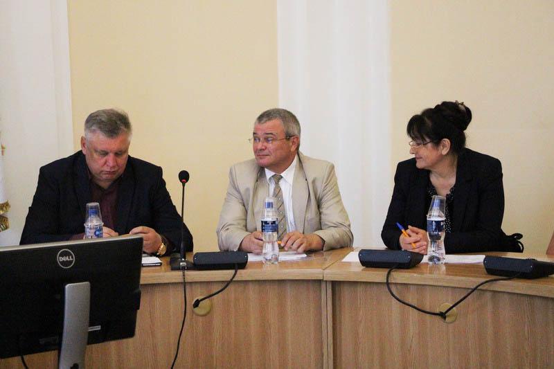 Члени конкурсної комісії