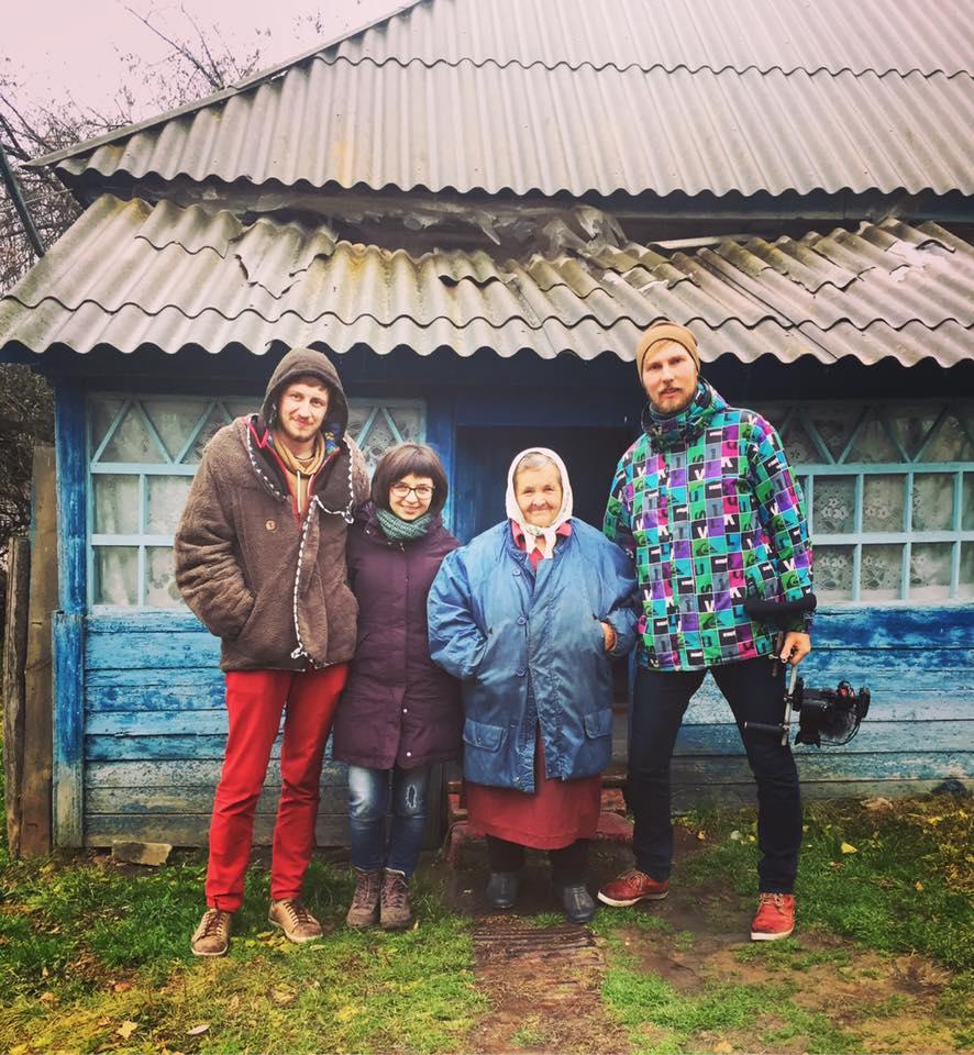 Українери у селі Баранівка Шишацького району