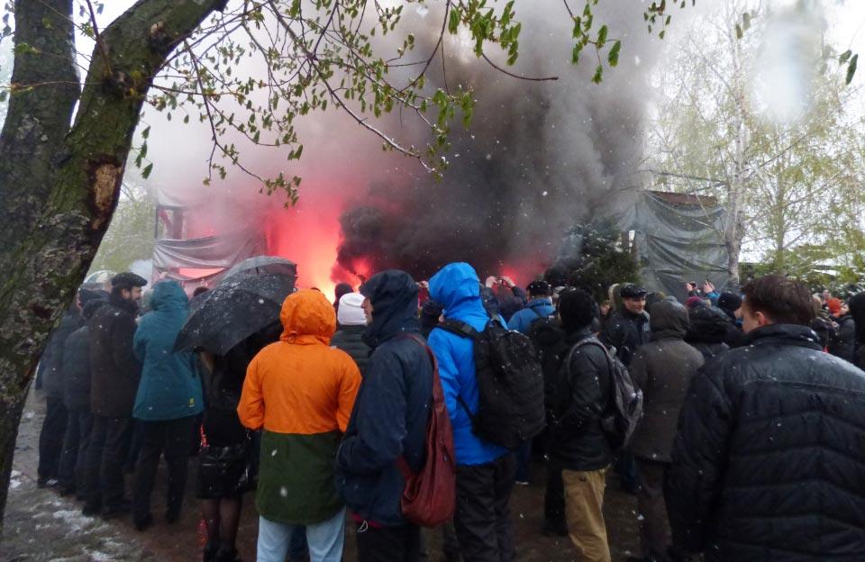 Протест проти будівництва у квітні