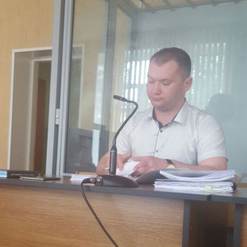 Представник банку Олександр Кендяк