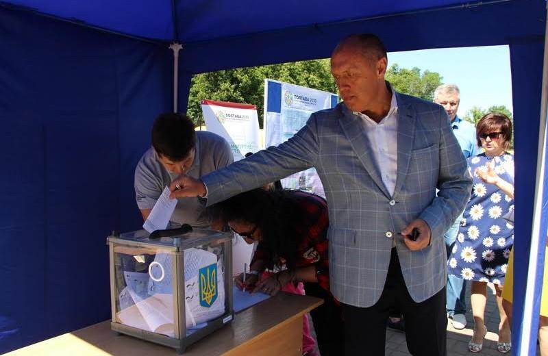 Міський голова Олександр Мамай взяв участь у голосуванні