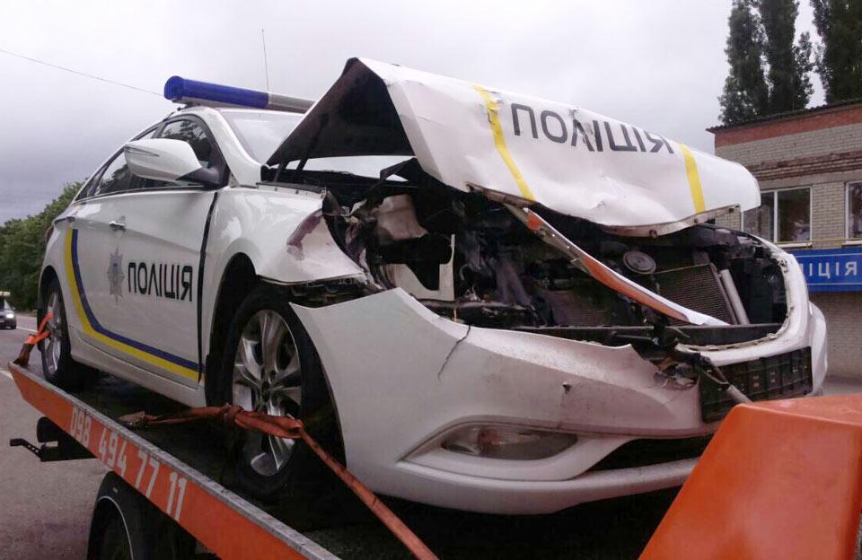 Hyundai Sonata на харьковском эвакуаторе