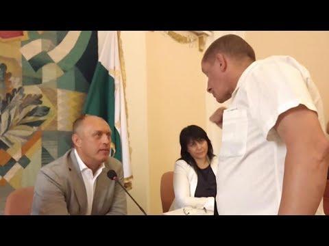 Олександр Масюк бунтує на сесії міськради (2017.06.16, Полтава)