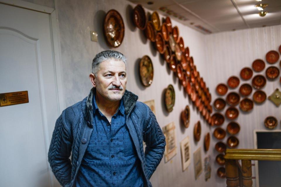 Олесь Пошивайло, засновник та директор музею гончарства