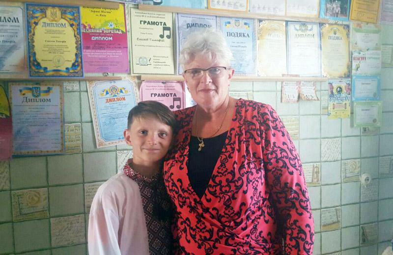 Тимофій Єлісєєв з бабусею Лідією