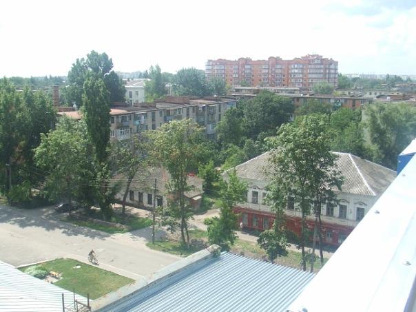 Колишній дільничний пункт міліції та колишня вечірня школа | Фото: vk.com/poltava_roofers