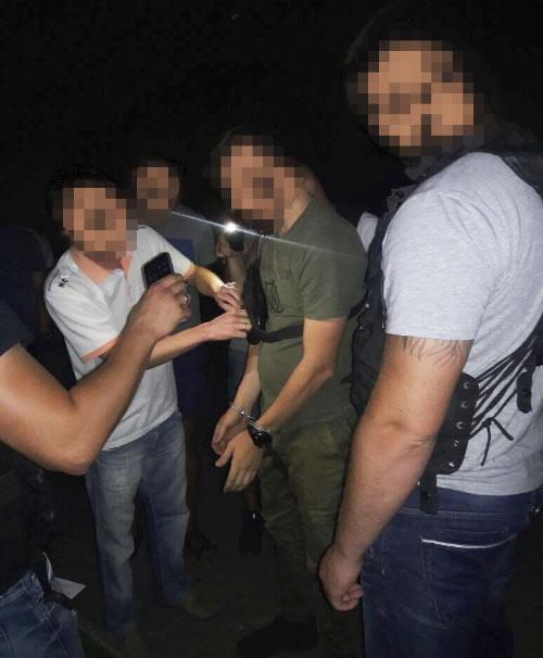 УПолтаві затримали нахабарі поліцейського тапрацівника інспекції при міській раді