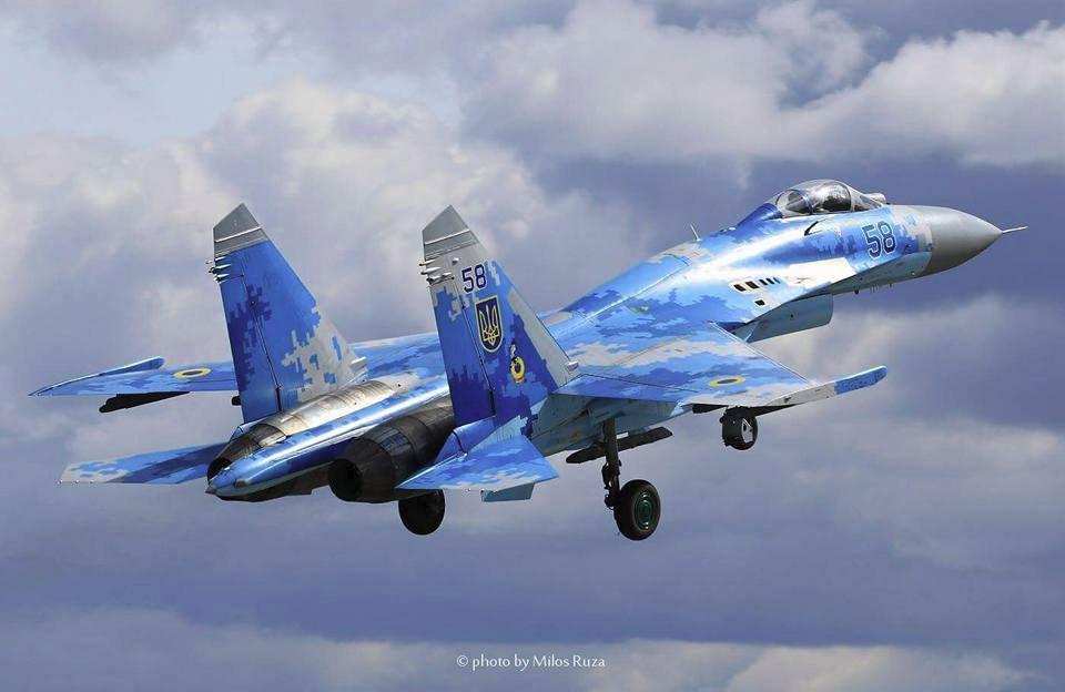 Відео польоту Су-27 Олександра Оксанченка на CIAF-2017