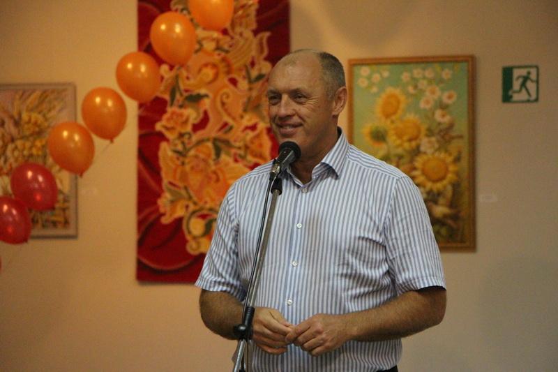 Міський голова Олександр Мамай вітає дітей з початком навчального року