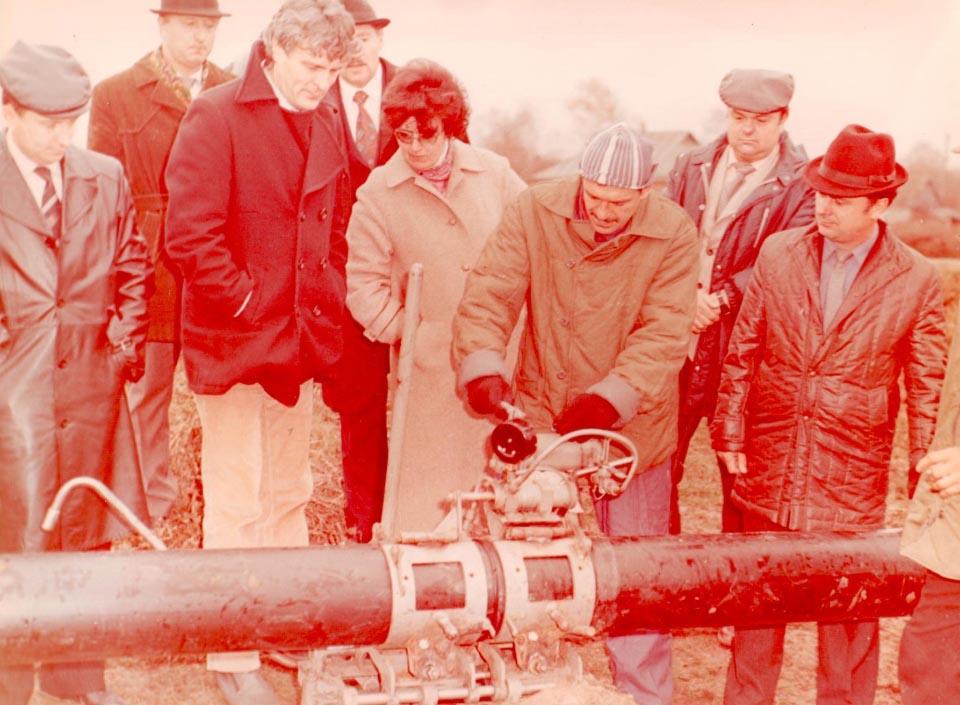 Випробування зварювального апарату для поліетиленого труб, 1989 рік