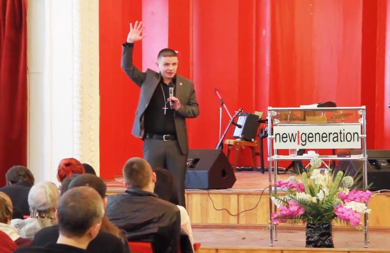 Олег Пурімов, пастор церкви «Нове покоління»