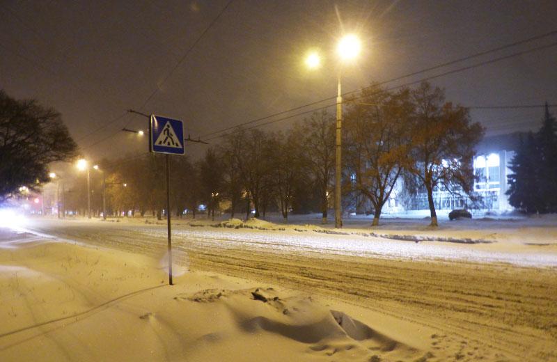 Нерегульований пішохідний перехід через вул. Сінну в районі вул. Зигіна