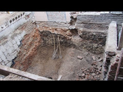 Огляд будівництва на вул. Соборності, 31 (Кінотеатр ім. Котляревського, 2017.10.27)